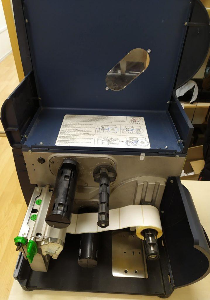 Притер этикеток DATAMAX I 4208 используемый носитель